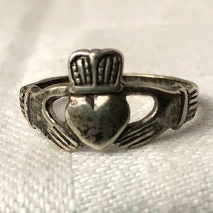 Intake sterling silver Irish Claddagh ring.